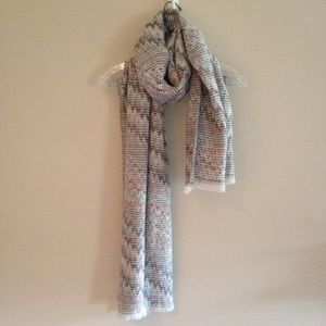 LOFT Pink and Gray Zigzag Blanket Scarf